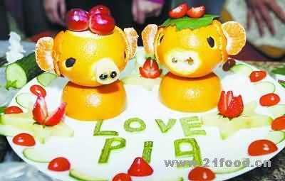 ePig》,用水果做出动物造型-厨师多愁善感,菜名青春的遗憾