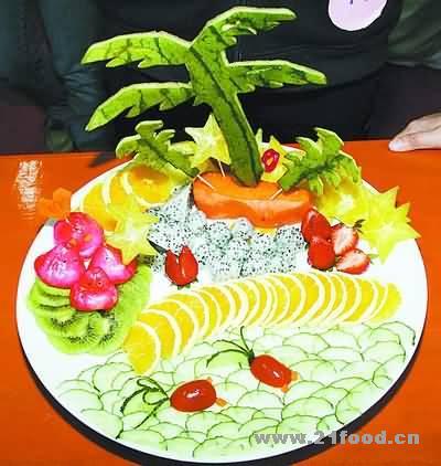 用水果做出动物造型